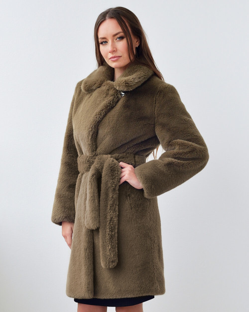 "Faux Fur Coat ""Urban Fashionista"""
