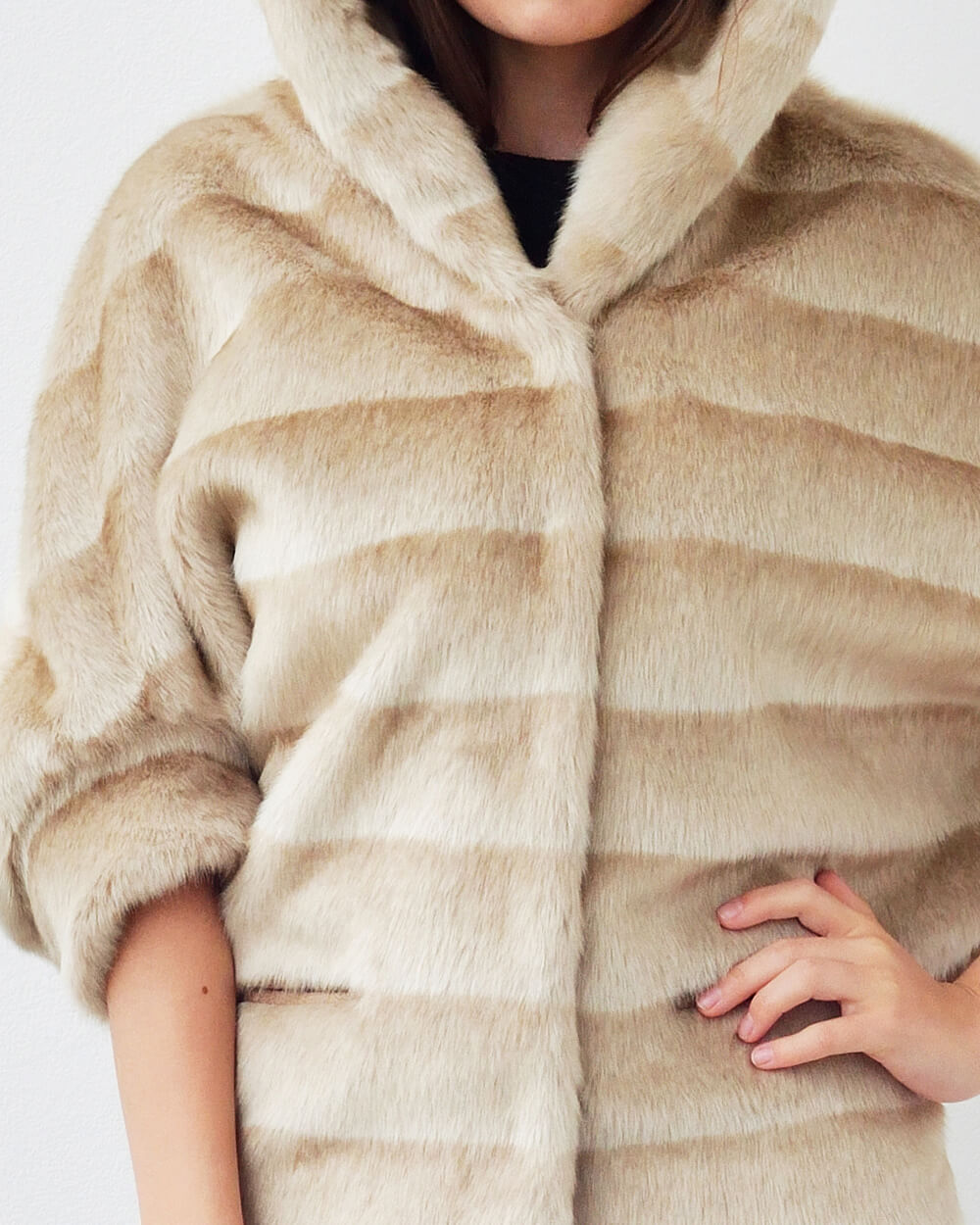 "Faux Fur Poncho ""Feel Like A Star"""