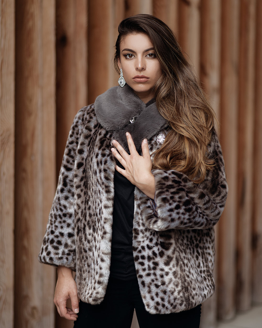 "Faux Fur Collar ""Grayish"""